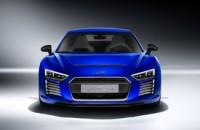 Audi R8-1